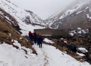 Альпиниста-одиночку из Волгограда ищут на Эльбрусе после падения с 5,6 тыс. метров