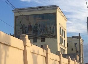 УФАС обещает наказать волгоградского производителя пива за рекламу алкоголя на фоне «Родины-матери»