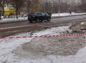 Ремонт коммуникаций «чепиками» обернулся ледяным потопом на юге Волгограда