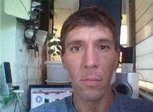 Мужчину без передних зубов разыскивают в Волгограде