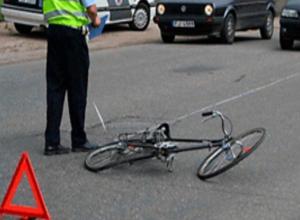 Женщина за рулем Chevrolet Niva сбила 14-летнего велосипедиста в Волгограде