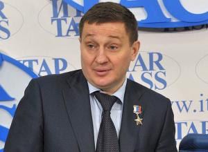 Волгоградский губернатор опустился на 42 строчку в рейтинге влияния глав субъектов РФ