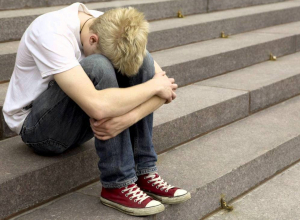 Под угрозой продажи на органы школьника два месяца поили и насиловали в Волгограде
