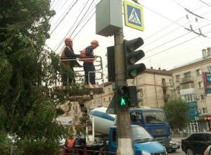 8 новых светофоров с обратным отсчетом установили на юге Волгограда