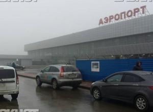Летевшие в Волгоград самолеты приземлились в Краснодаре и Астрахани