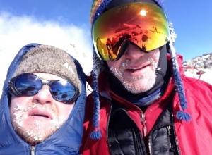 Олег Савченко идет в зону смерти на Эверест капсулировать трупы альпинистов