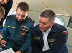 Губернатор снова парит в облаках с волгоградским главой МЧС