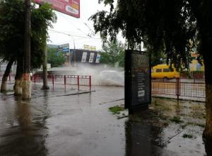 Волгоград снова заливает дождем