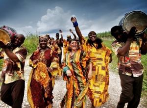 Африканские и китайские песни прогремят на центральной набережной Волгограда
