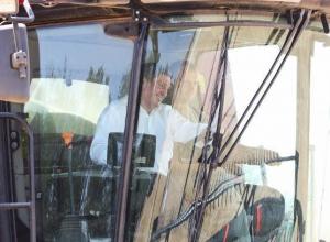 Андрей Бочаров приехал в поле со своим кондиционером