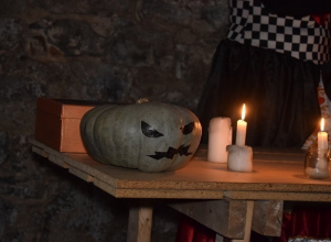 Жителей Волгограда запрут в подвале во время празднования Хеллоуина
