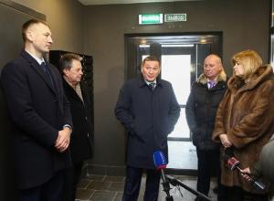 Андрей Бочаров полетел в Москву на поклон к банкиру Нахмановичу