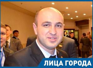 Я не хотел бить Навального, - Казбек Фарниев