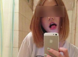 Красавица из Волгограда похвасталась способностью широко открывать рот