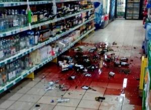 Пьяный водитель пробил стену магазина и разбил витрину с алкоголем в Волгограде
