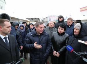 Андрей Бочаров сходил в Михайловке на рынок