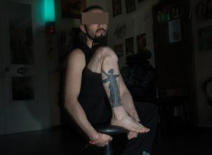 Волгоградец набил себе огромную татуировку с изображением «Родины-матери»
