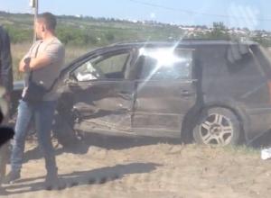 Люди чудом выжили в чудовищной аварии на Третьей Продольной в Волгограде
