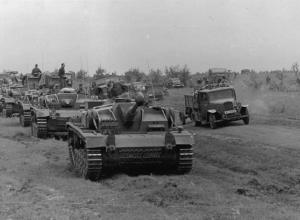 5 августа 1942 года - под Сталинградом развернулись упорные танковые бои