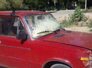 Баллон с монтажной пеной взорвался в салоне авто в Волгограде
