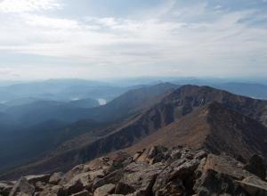 Пропавший при восхождении на самую высокую гору Западного Саяна волгоградец до сих пор не найден