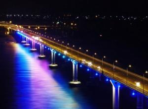 Внезапно почувствовавший себя одиноким москвич выжил после падения с «танцующего» моста
