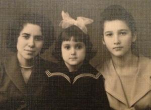 В День матери Ирина Дубцова рассказала, какой была ее модная бабушка