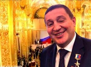 Андрей Бочаров полетел к президенту поговорить за стадион