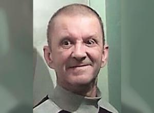 Мужчина со спутанной речью и шрамом на голове без вести пропал в Волгоградской области