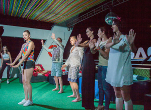 Спортивная Катерина Ковалева заставила пассажиров корабля танцевать ради ее победы