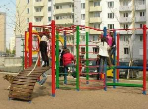 Волгоградцы готовы участвовать в программе благоустройства дворов только после ее улучшения