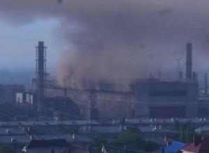 Алым смогом с «Красного Октября» снова заволокло север и центр Волгограда