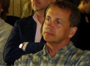 Вице-мэр Волгограда покинул пост после угрозы закрыть спортшколу из-за «гомосексуального характера» и «крутящих поп»