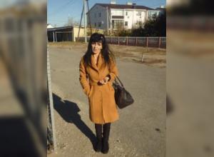 Мать девятерых детей нашли повешенной во дворе ее дома в Волгограде