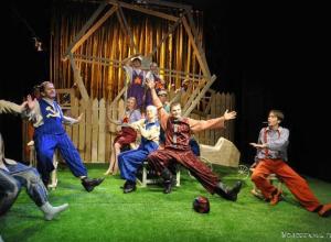 «Единая Россия» в Волгограде «проспонсировала» постановку спектакля «Фунтик»