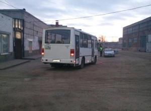 Водитель автобуса переехал коллегу на базе «Питеравто» в Волгограде