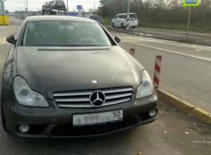 Угнанный у москвича Mercedes нашли под Волгоградом при транспортировке в Махачкалу