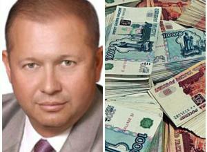Обвиняемый в мошенничестве с ОСАГО депутат Алексей Зверев показал доход за год