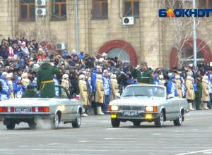 Военнослужащие начали подготовку к параду Дня Победы в Волгоградской области