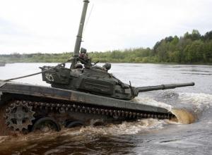 Военные отработают подводное вождение танков на полигоне Прудбой