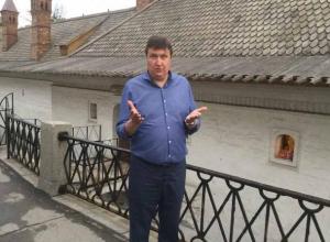 Волгоградский депутат заплатил 200 рублей, чтобы услышать о себе правду