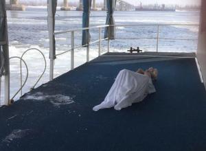 Волгоградца убило купание в проруби после отдыха в «Баньке на Волге»
