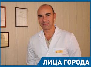 Главный врач перинатального центра Волжского ответил на обвинения сотрудников в алкоголизме