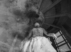 Призрак девушки в подвенечном платье поймал в объектив камеры волгоградский фотограф