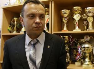 Тренеры спортшколы №7 встали на защиту увольняемого директора в Волгограде