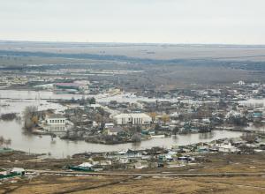 Вода уходит из трех затопленных районов Волгоградской области