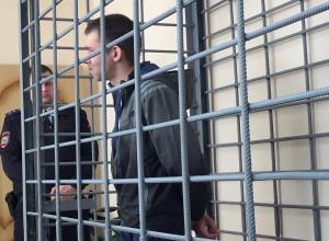 Марк Нарцев в суде сдал возлюбленную, из-за которой убил контрактника в Волгограде