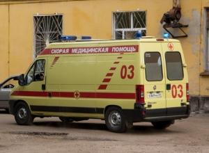 76-летний водитель Toyota устроил ДТП под Волгоградом: пострадала девочка-подросток