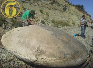 Уникальный 4-метровый диск НЛО обнаружили уфологи под Волгоградом