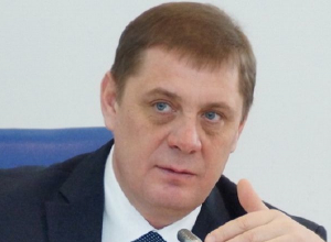 Глава Волгоградской облдумы уехал в Крым к интеллигенции
